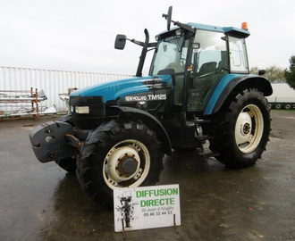 NEW HOLLAND TRACTEUR AGRICOLE TM 125 Tracteur